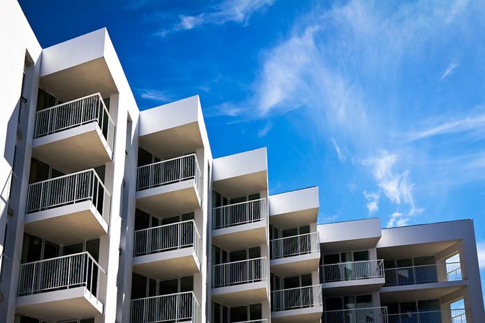 Сколько налог на апартаменты
